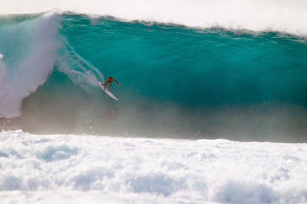 Hawaii-Pipeline-0747.jpg